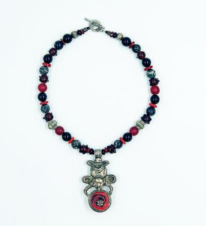 Amulet-Silver-and-Red